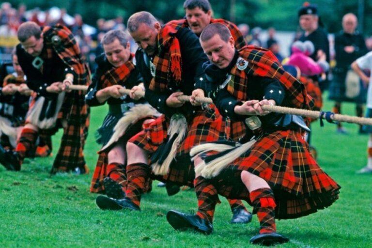 Ballater-Highland-Games-in-Ballater-Scotland